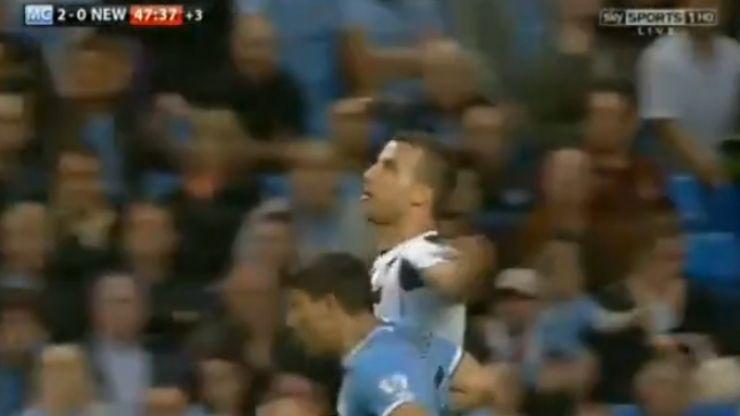 Video: Newcastle reduced to ten men as Steven Taylor fouls Sergio Aguero