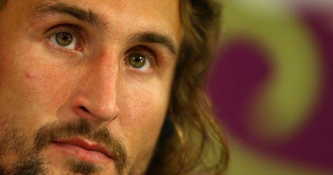 Video: Petr Jiracek's open goal miss for the Czech Republic last night was hilariously bad