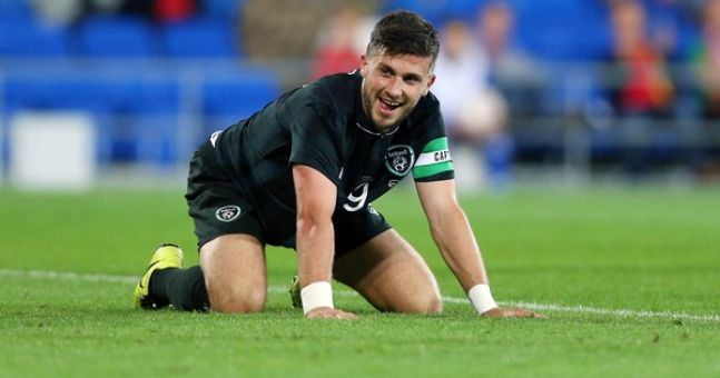 Shane Long was dressed as a pimp and busking in Temple Bar last night (UPDATE: includes video)