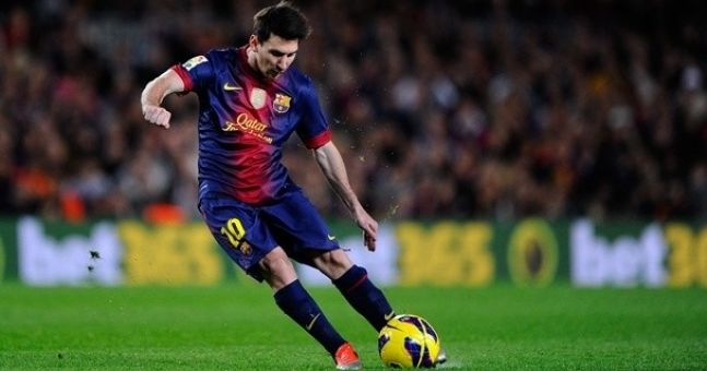 Massive shock as Messi caps a remarkable 2012 by winning the Ballon d'Or