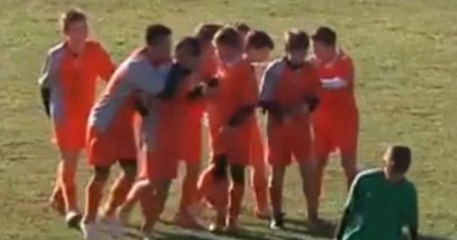 Video: It's just like watching Barcelona. Greek youth team score unbelievable team goal