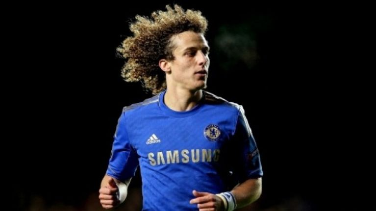 Possible photographic evidence that David Luiz has had his Sideshow Bob hair cut off