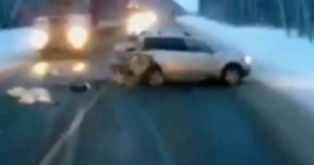 Video: Baby miraculously survives after crazy car crash in Russia