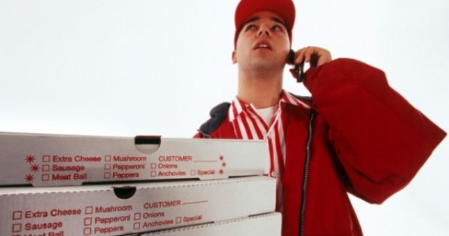 Pic: Irishman tries to scam Apache Pizza and gets what he deserves