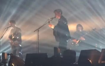Video: Arctic Monkeys pay tribute to Lou Reed with cover of 'Walk on the Wild Side'