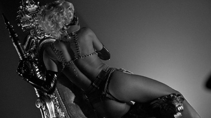 Pics: More NSFW photos from Rihanna's Instagram account