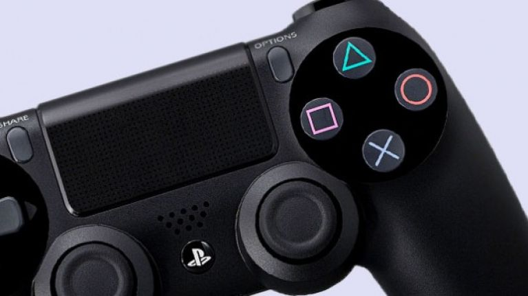 Thieves settle for PS4 after trying to rob sold-out Xbox One | JOE