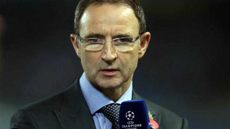 Pic: A dapper looking Martin O'Neill gets hands on with the Irish jersey