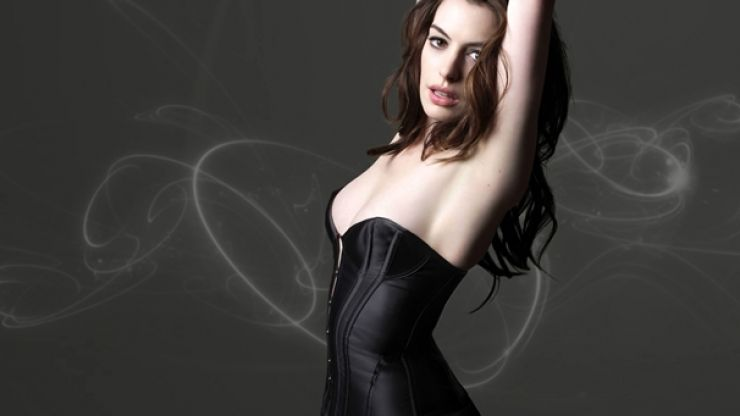 On her birthday, here's an Anne Hathaway gallery