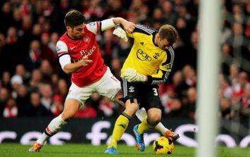 Pic: Artur Boruc compares himself to Johan Cruyff after massive blunder