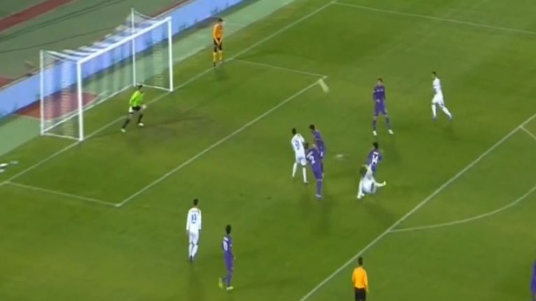 Video: A ridiculously brilliant scissors kick was scored against Fiorentina tonight