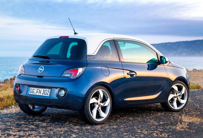 joe s car review opel adam joe is the voice of irish. Black Bedroom Furniture Sets. Home Design Ideas