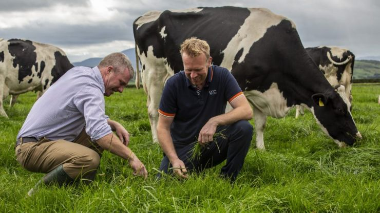 Doireann Garrihy and Greg O'Shea team up in campaign paying tribute to Irish dairy farmers