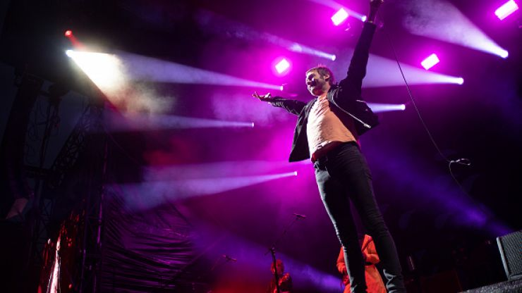 Kasabian frontman Tom Meighan leaves the band due to personal issues