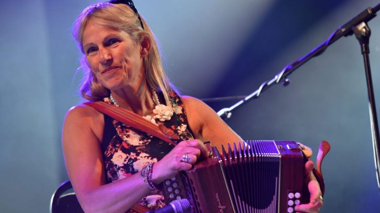 COMPETITION: Win a VIP table for four to see Sharon Shannon live in Dublin