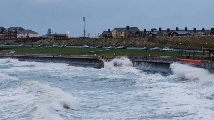Storm Brendan: Status Orange warning remains in place for five counties, downgraded to Status Yellow for nine counties