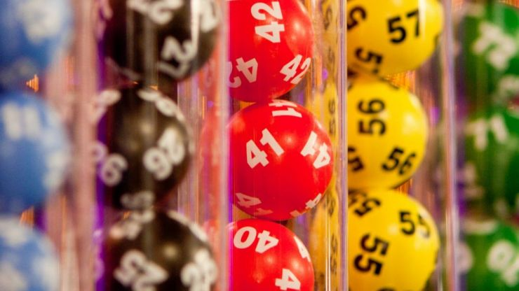 This week's US Powerball jackpot is a monumental €337 million, so get entering!