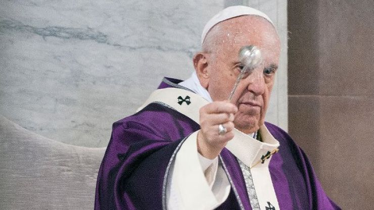 The Pope wants you to put the phone away for Lent and stop trolling people
