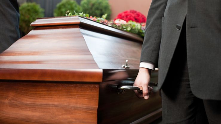 """Irish Association of Funeral Directors issues guidelines on funerals after being """"inundated with calls"""""""