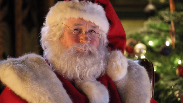 WATCH: Colm Meaney stars as Santa as Aldi reveals full version of new Kevin the Carrot Christmas ad