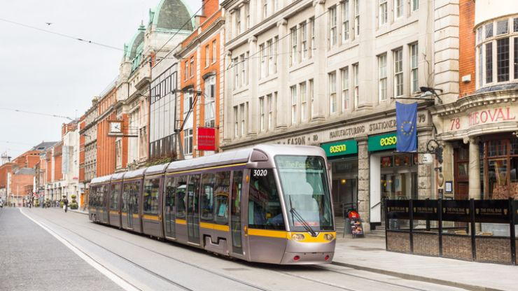 "Gardaí appeal for witnesses to ""unruly and offensive behaviour"" by individuals not wearing face coverings on the Luas"
