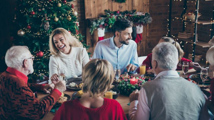 """Don't pass the gravy boat"" this Christmas, says expert immunologist"