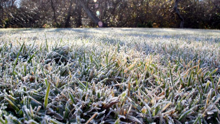 "Met Éireann says the weather this week will be ""unseasonably cold"""