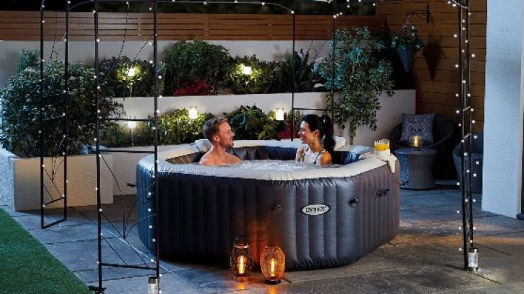 Aldi's outdoor hot tubs to return to shops this weekend
