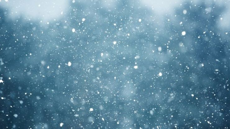 Met Éireann warns of snow for Easter weekend, as temperatures reach 19 degrees today