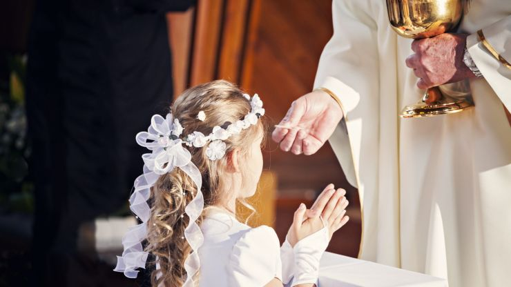 Calls for Communions and Confirmations to be cancelled amid Delta variant concerns