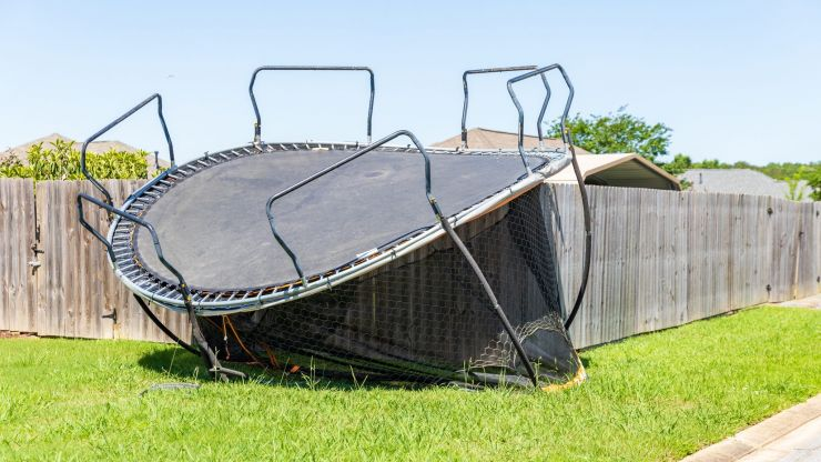 Met Éireann urges caution with outdoor furniture as three weather warnings issued for eight counties
