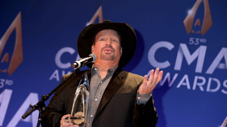Garth Brooks gives cryptic response when asked about Ireland concerts