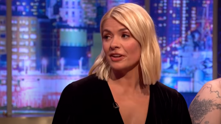 Holly Willoughby criticises influencer for travelling to Dubai during pandemic