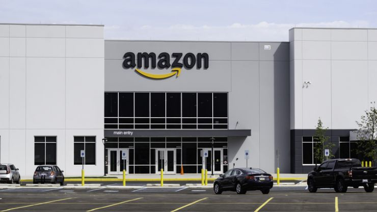 Amazon set to open first fulfilment centre in Ireland (Report)