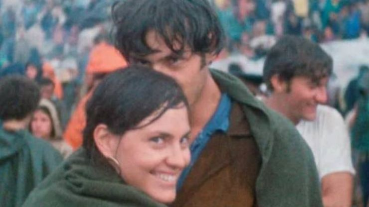 Couple photographed meeting at Woodstock still together 50 years later