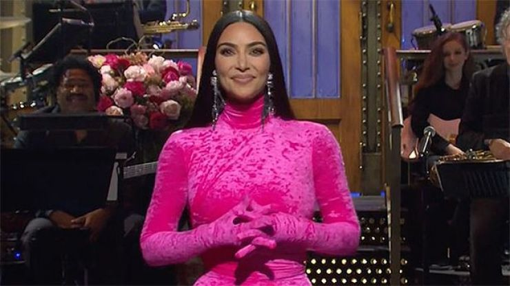 Kim Kardashian jokes about Kanye divorce, sex tape and OJ Simpson during hilarious SNL monologue