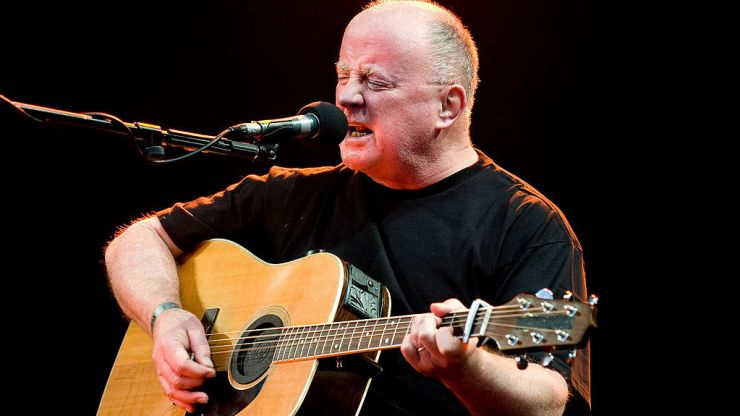 Christy Moore has announced 10 nights at Vicar Street starting next month