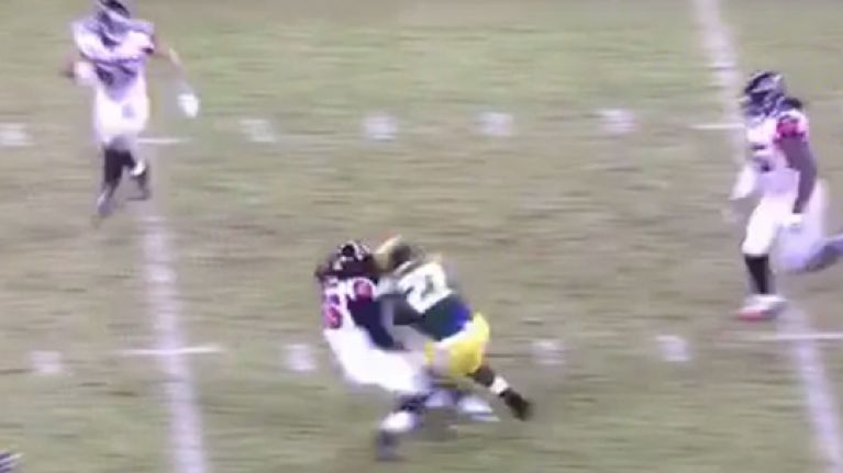 Vine: Eddie Lacy proves too hot to handle for Atlanta defence