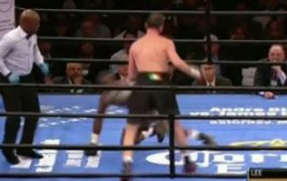 Vine: Andy Lee lands heavy right hand to give Peter Quillin his first career knockdown