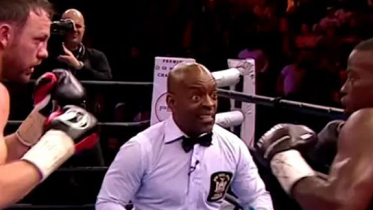 GIF: The referee for Andy Lee's fight last night was absolutely gas