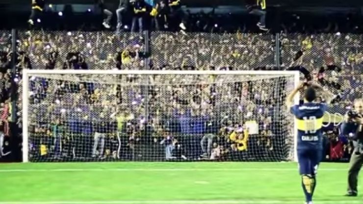 VIDEO: Carlos Tevez welcomed back to Boca Juniors by 40,000 crazy fans