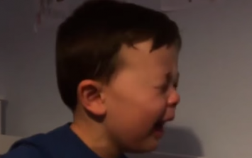 WATCH: This bawling little United fan might never get over RVP's departure