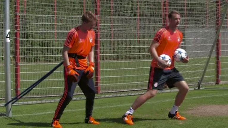 VIDEO: Manuel Neuer talks about the importance of sweeping in goalkeeper masterclass