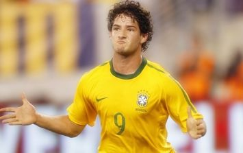 Alexandre Pato shows he still has it with incredible free kick against Shanghai