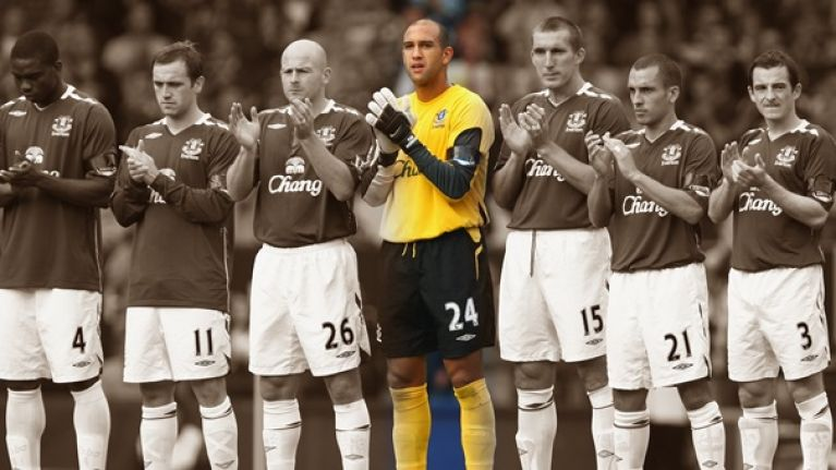 0a04eb6b5 Tim Howard s farewell letter to Everton supporters would bring a tear to a  glass eye