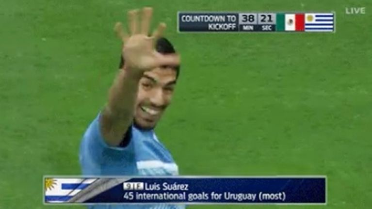 Watch: He can nutmeg a mermaid, but Luis Suarez really can't wave