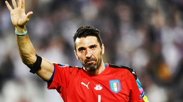 91daee16eb4 Manchester United fans call out Gianluigi Buffon on glaring omission ...