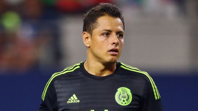 Javier Hernandez to miss the start of the season after injuring himself in bizarre fashion