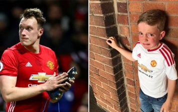 Phil Jones does something wonderful for young fan that had his shirt stolen