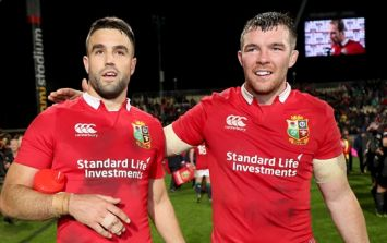Conor Murray and Peter O'Mahony show Irish rugby fans what 'warm weather prep' is all about